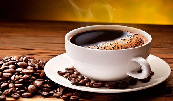 taza de cafe contra el asma