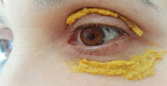 curcuma en los ojos